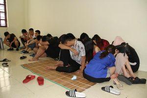 Bắt giữ nhóm thanh niên tổ chức 'tiệc ma túy' trong quán karaoke