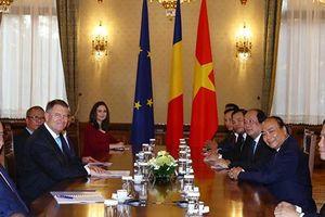 Thủ tướng Nguyễn Xuân Phúc hội kiến Tổng thống và Chủ tịch Thượng viện Romania