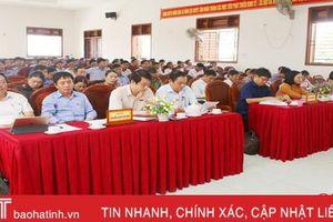 Đoàn ĐBQH Hà Tĩnh tiếp xúc cử tri tại Can Lộc, Đức Thọ