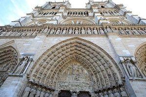 Vẻ đẹp cổ kính của Nhà thờ Đức Bà Paris trước khi bị cháy