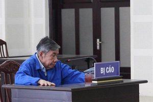 Sau 18 năm trốn chạy, cựu giám đốc tuổi U80 hầu tòa
