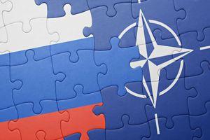 Bất đồng quan điểm, Nga tuyên bố chấm dứt hoàn toàn hợp tác với NATO