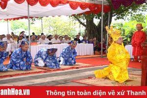 Dâng hương kỷ niệm 1082 năm ngày mất của anh hùng dân tộc Dương Đình Nghệ