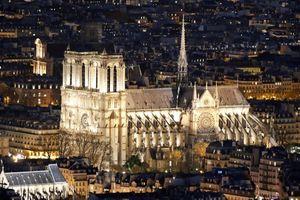 Infographic: Những thăng trầm suốt 850 năm của Nhà thờ Đức Bà Paris
