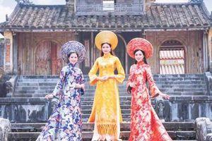 Áo dài - một nét duyên thầm của người con gái xứ Huế