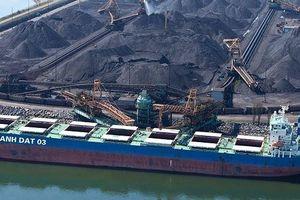 Thị trường vận tải biển Việt Nam: Bất lực nhìn tàu ngoại 'ăn hàng'?
