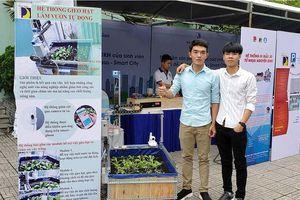 Độc đáo hệ thống gieo hạt và làm vườn tự động của sinh viên Bách khoa