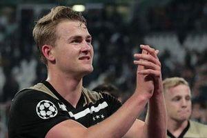 Chấm điểm Juventus 1-2 Ajax: CR7 cúi đầu trước De Ligt