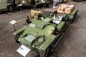 Ngạc nhiên kích thước chiếc xe tăng nhỏ nhất thế giới