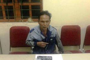 Bị vây bắt, kẻ buôn bán ma túy liều lĩnh dùng dao chống trả công an
