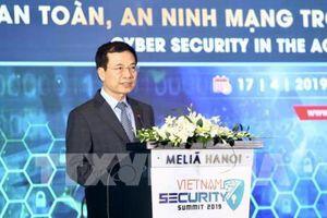 Bộ trưởng Nguyễn Mạnh Hùng: Internet an toàn hơn, đất nước thịnh vượng hơn