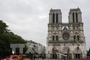 Đã quyên góp được gần 1 tỷ USD phục dựng Nhà thờ Đức Bà Paris
