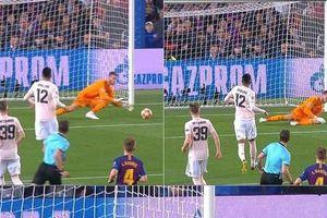Thua đậm Barca, fan Man United trút giận lên cầu thủ đội nhà
