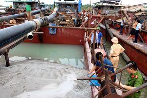 Kinh Môn (Hải Dương): Chống khai thác cát trái phép còn nhiều khó khăn