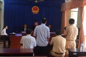Bạc Liêu: Diễn biến mới nhất vụ dân kiện CSGT vì giữ giấy tờ quá lâu