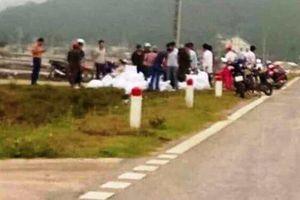 Nghệ An: Công an thu giữ gần 1 tấn 'hàng' nghi chứa ma túy