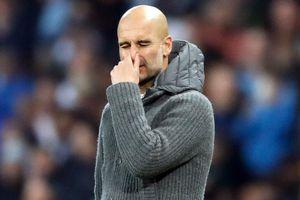 Pep Guardiola chết lặng vì bị VAR tước vé vào bán kết ở phút bù giờ