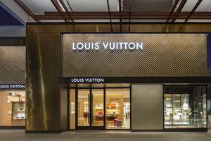 Đi tìm tên của 9 thương hiệu thời trang đắt đỏ nhất thế giới