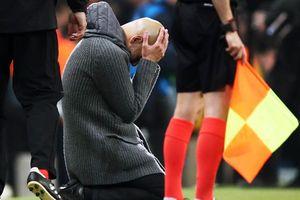 Ý tưởng quái đản của Pep Guardiola làm hại Man City