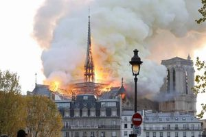 Nhiều công nghệ hỗ trợ việc phục dựng Nhà thờ Đức Bà Paris