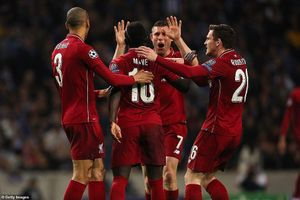 Liverpool gặp Barcelona ở bán kết Champions League