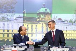 Mở ra không gian rộng lớn cho hợp tác giữa Việt Nam với Romania và Séc