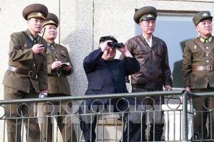 Nhà lãnh đạo Kim Jong-un ca ngợi thành quả của ngành công nghiệp vũ khí mới