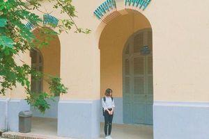 Ngôi trường ĐH 'vàng ươm' cổ kính nhất Sài Gòn: Hơn 100 năm tuổi, là nơi viết nên bao chuyện tình 'Em gái mưa' thời sinh viên