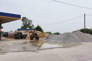 TX. Điện Bàn (Quảng Nam): Cần xử lý nghiêm bãi kinh doanh VLXD trái phép trong cây xăng Điện Phương