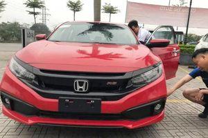 'Cận cảnh' lô hàng Honda Civic 2019 đầu tiên về Việt Nam
