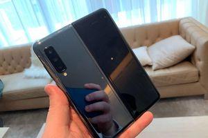 Giá cổ phiếu Samsung giảm mạnh do lo ngại lỗi Samsung Fold