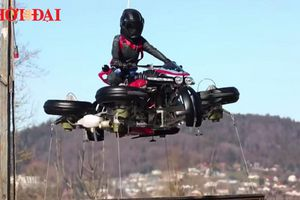 Cận cảnh chiếc siêu motor có thể chạy và bay trên đường