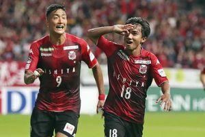 Cầu thủ Việt dự bị ở Thái Lan, cầu thủ Thái đá chính tại Nhật Bản