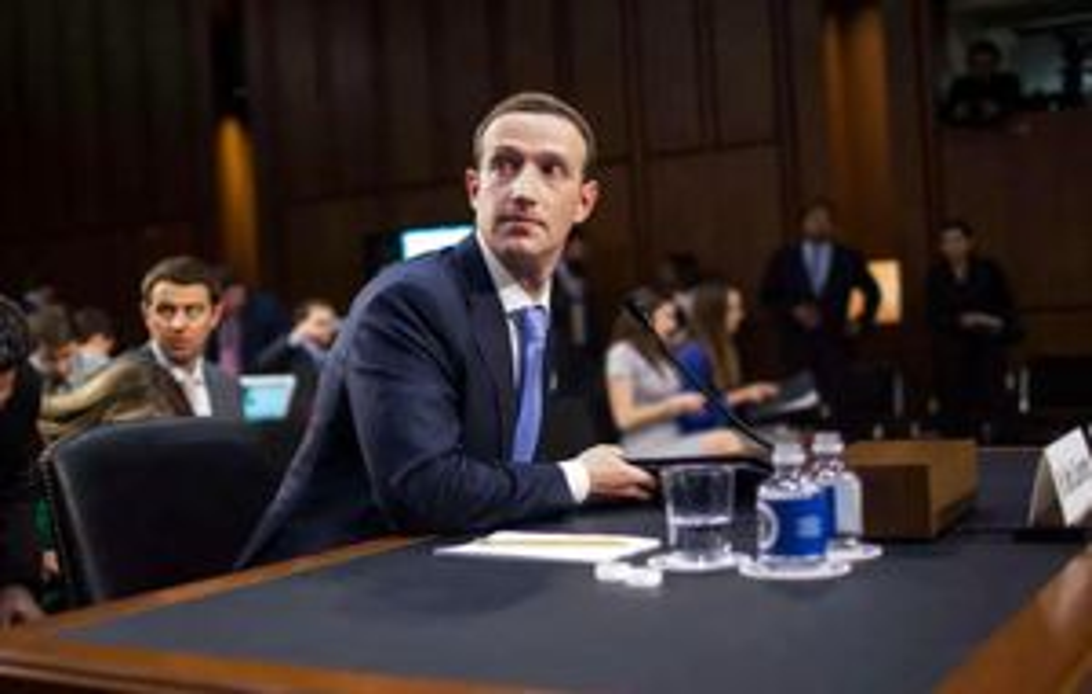 Mỹ sẽ giáng đòn trừng phạt vào Mark Zukerberg