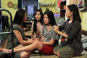 Kết phim 'Những cô gái trong thành phố: Ai cũng hạnh phúc trừ Lan