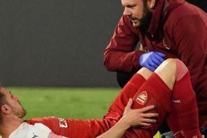 Arsenal trả giá cực đắt cho tấm vé bán kết Europa League
