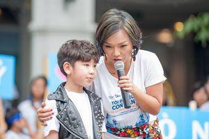 Thái Thùy Linh và ngày hội âm nhạc đường phố cho trẻ tự kỷ