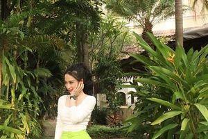 Street style khoe dáng chuẩn và sành điệu của các mỹ nhân Việt