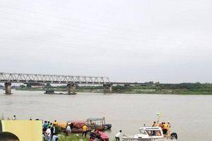 Khởi tố vụ nữ sinh lớp 12 nhảy cầu tự vẫn vì uất ức bị hiếp dâm ở Bắc Ninh