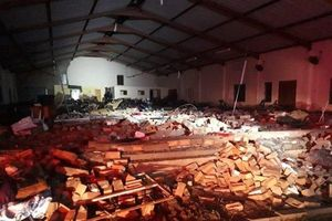 13 người thiệt mạng trong một vụ sập nhà thờ ở Nam Phi