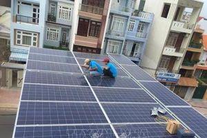 Tự cung cấp năng lượng bằng điện mặt trời áp mái
