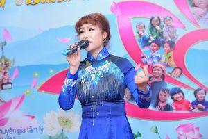 Phi Thanh Vân tự tin khoe vóc dáng tại sự kiện sau khi bị chê sồ sề, phát tướng