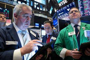 Cổ phiếu công nghiệp dẫn chứng khoán Mỹ tăng điểm