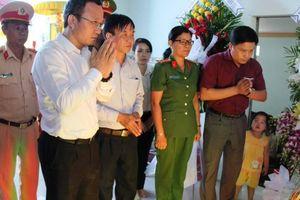 Lãnh đạo Ủy ban ATGT Quốc gia thăm viếng gia đình CSGT tử nạn