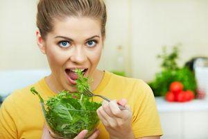Những tác dụng bất ngờ của rau chân vịt đối với sức khỏe