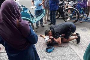 2 nạn nhân đột quỵ giữa trời nắng nóng, cái chết đến trong vài giây