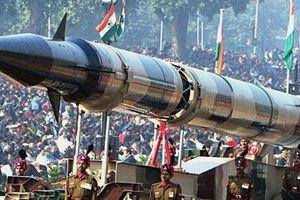Căng thẳng với Pakistan, Ấn Độ tuyên bố có 'mẹ của các loại bom hạt nhân'