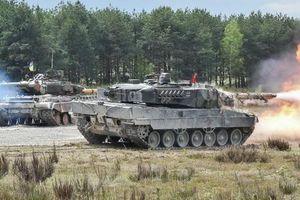 NATO liên tiếp dồn quân, quyết 'khóa chặt' xe tăng Nga tại biên giới