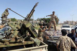 Libya: Chiến sự căng thẳng