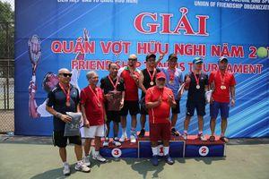 Các đại sứ, nhà ngoại giao tham gia giải tennis hữu nghị